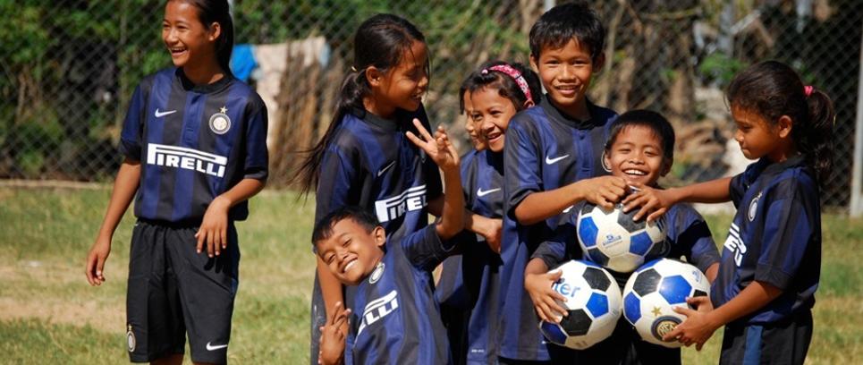 [Grazie dai bambini cambogiani]