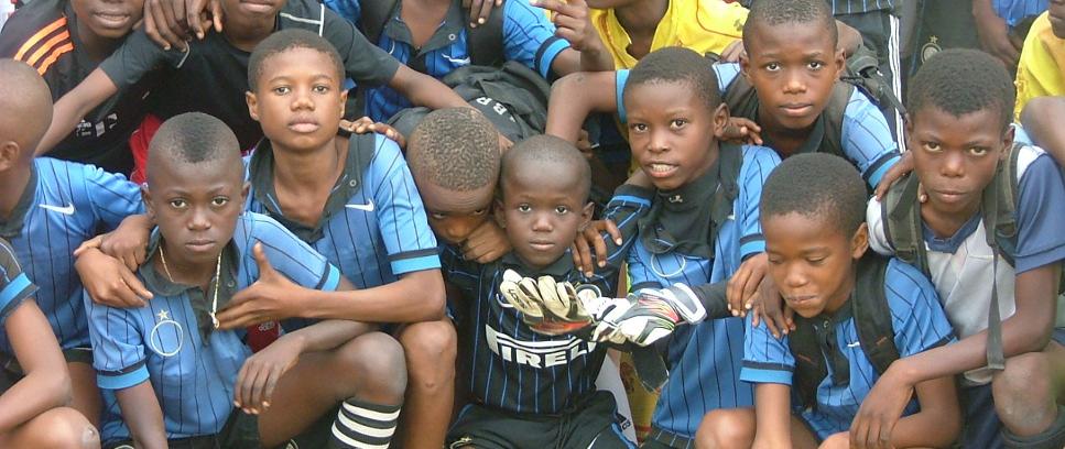 [Inter Campus Congo, con i bimbi di camp Kokolo]