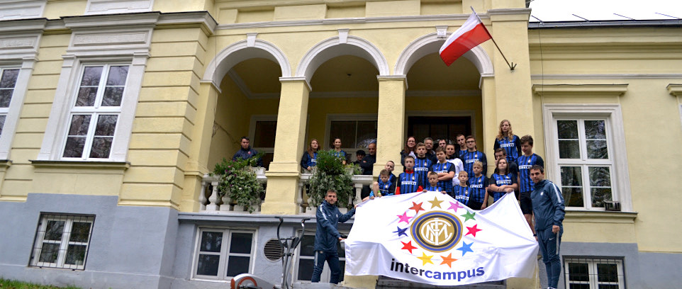 [INTER CAMPUS POLAND, BETWEEN MONITORING AND INSTITUTIONAL MEETINGS]
