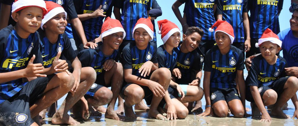 [Christmas around the world]