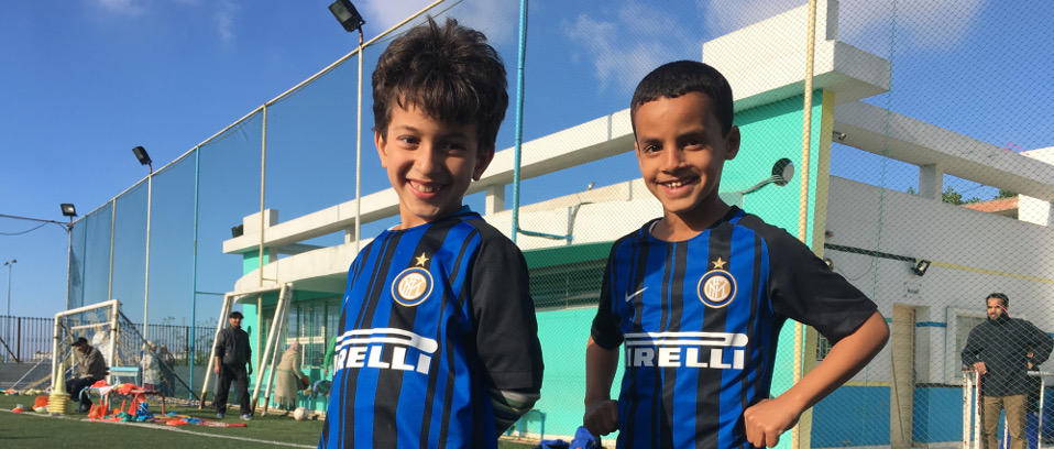 [THE BLACK AND BLUE OF INTER CAMPUS AMONG THE COLOURS OF CASABLANCA]