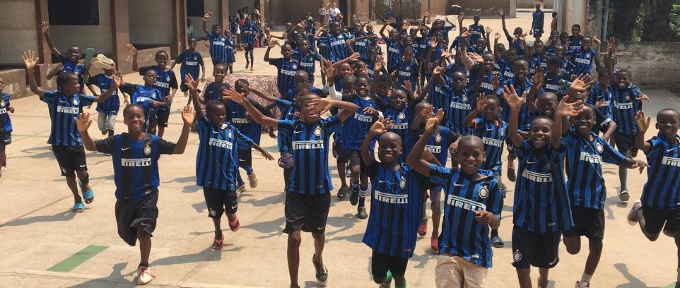 [Angola: generazioni insieme per il futuro dei bambini]