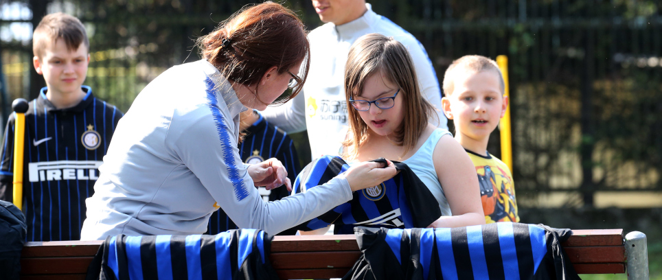 [NERAZZURRI PASSION AND LOVE FOR ONE'S NEIGHBOUR]